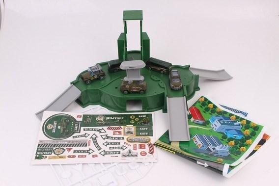 Pista Militar En Verde Con Rampa, Vehículos Y Accesorios