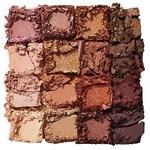 Maybelline Paleta de Sombras  Nudes of New York Palette 16  Tonos #3